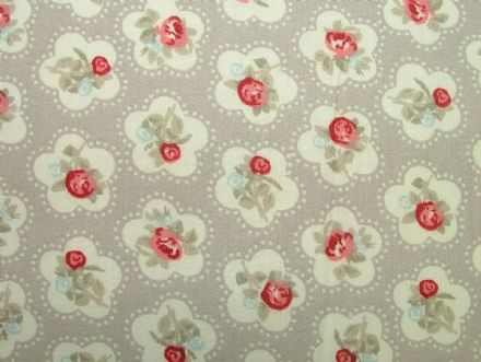 Dainty Flowers, Grey, 100% Cotton Curtain / Soft Furnishing / Dressmaking Fabric